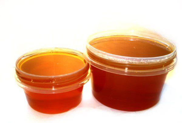 Эспарцетовый мёд в пластиковой посуде