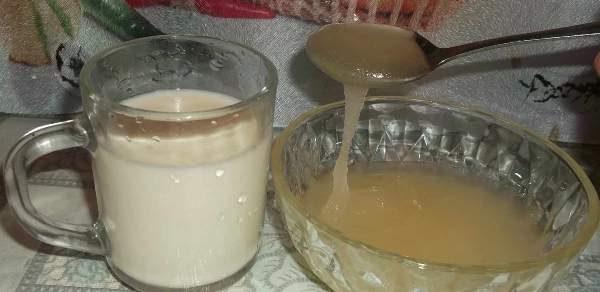 Рапсовый мёд и стакан молока