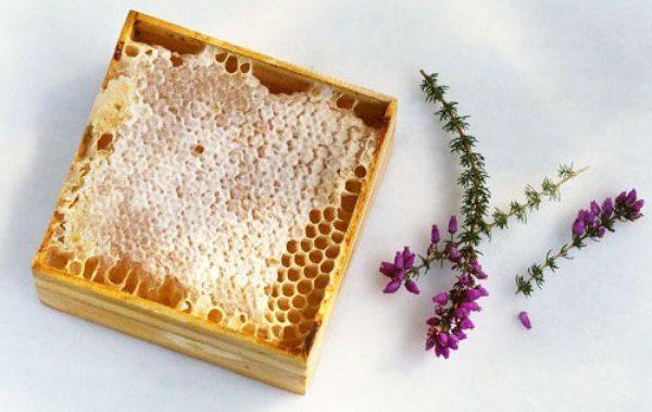 Вересковый мед в сотах
