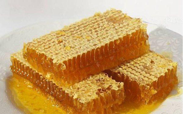 Соты с мёдом разнотравье