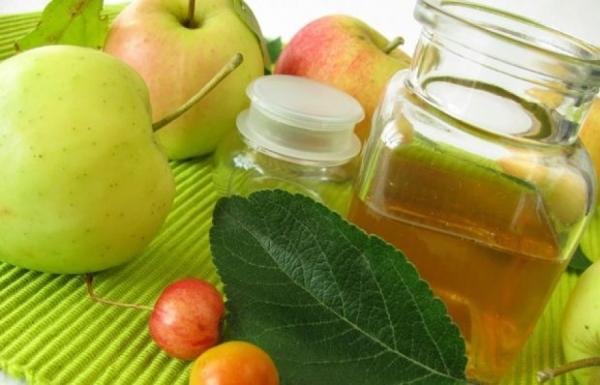 Из неспелых яблок можно приготовить уксус, использовать в кулинарии и народной медицине
