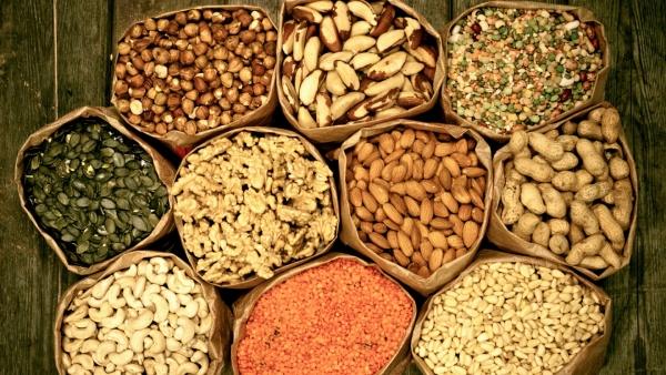 Чтобы орехи сохранились как можно дольше, необходимо правильно их выбрать
