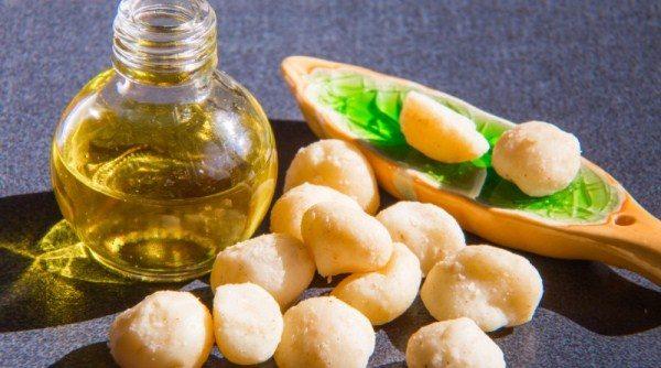 Масло Макадамии укрепляет костную ткань, способствует профилактике остеопороза