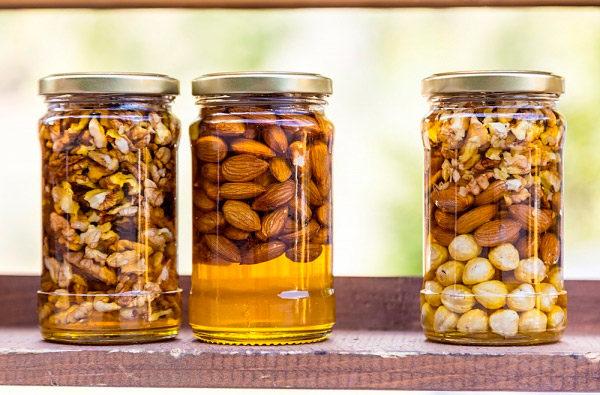 Закатанные смеси орехов с медом