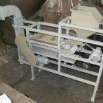 Машина снятия пленки ядра кедрового ореха