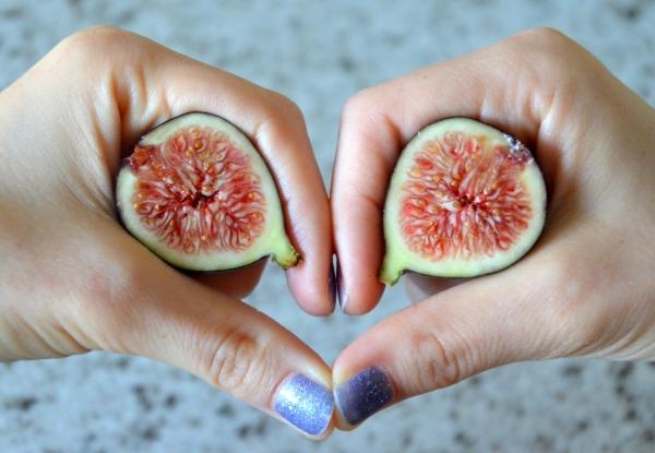 Инжир полезен для потенции, профилактики инфарктов и инсультов, при отеках ног и варикозе