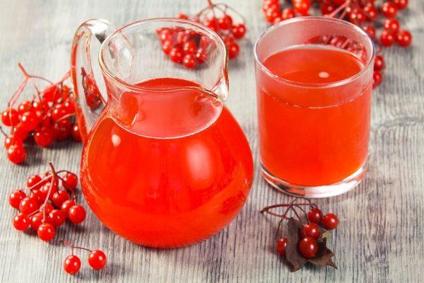 Сок из ягод калины обыкновенной