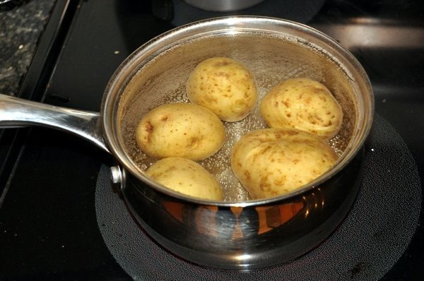 картошка кастрюля