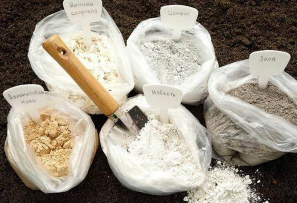 Средства обработки почвы и подкормки