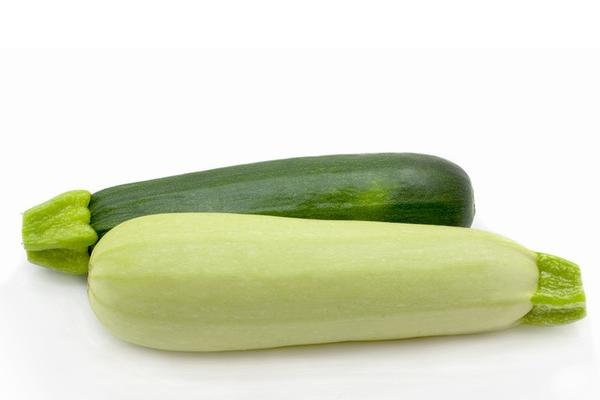 Разница во внешнем виде между кабачком и цукини