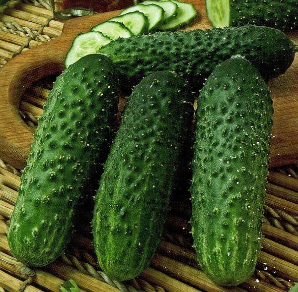 Длина плода составляет около 7-10 см