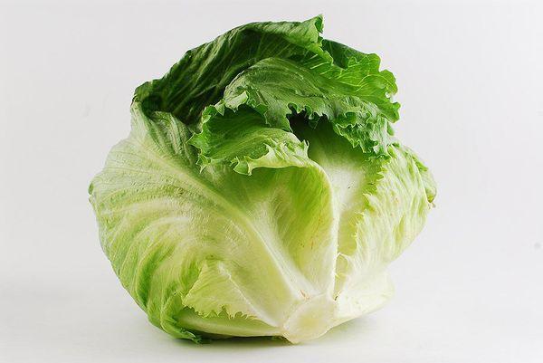 Средний вес кочанов салата Айсберг - 300-600 грамм