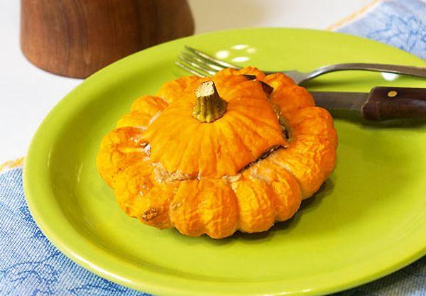 Патиссон - низкокалорийный овощ, который используют в диетическом питании