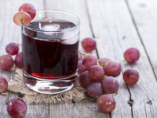 Беременным женщинам можно есть не только ягоды, но и пить сок