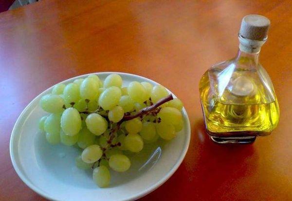 Уксус виноградный домашнего приготовления