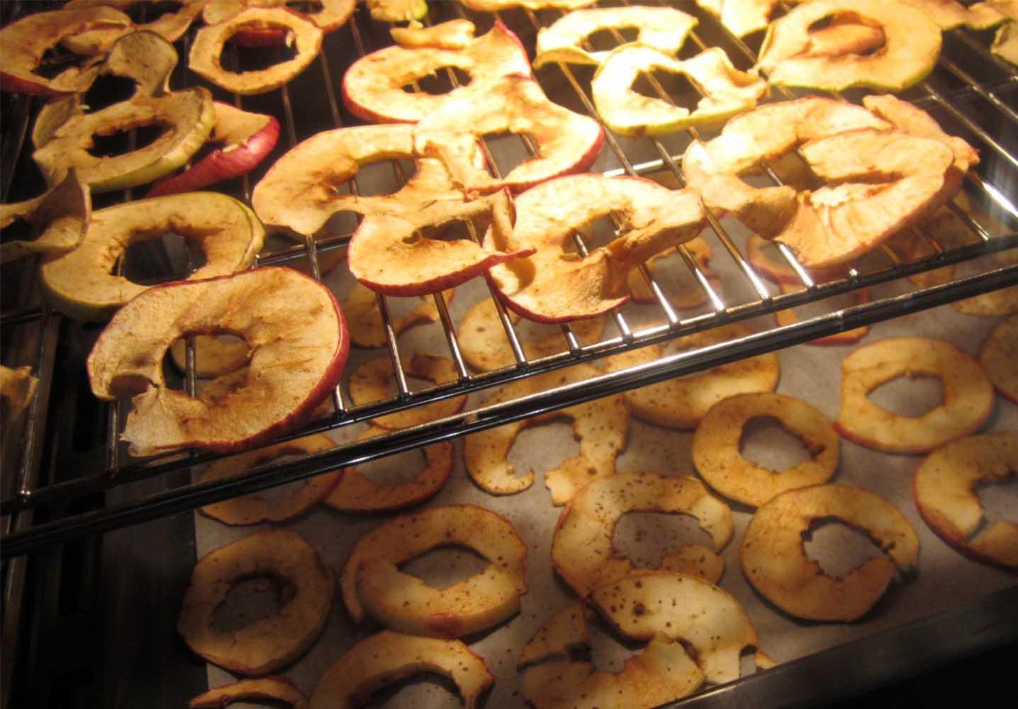 Как вялить яблоки в духовке